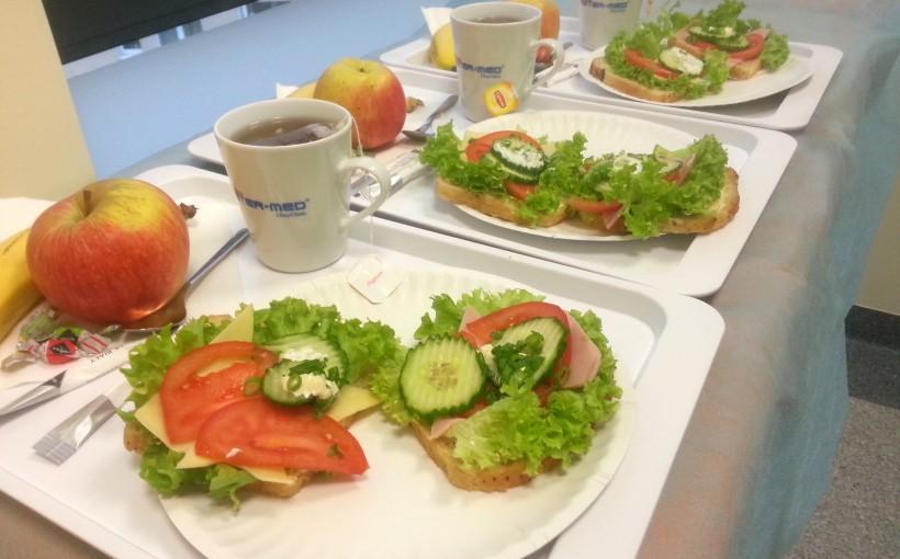 śniadanie w prywatnym szpitalu 1DayClinic.pl