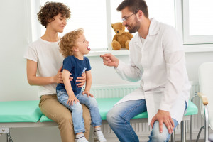 Kaszel u dziecka, warto zrobić badania