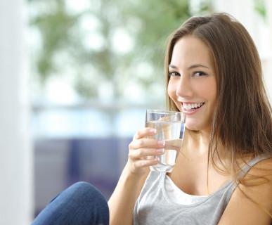 Pij przynajmniej 2 litry wody dziennie!